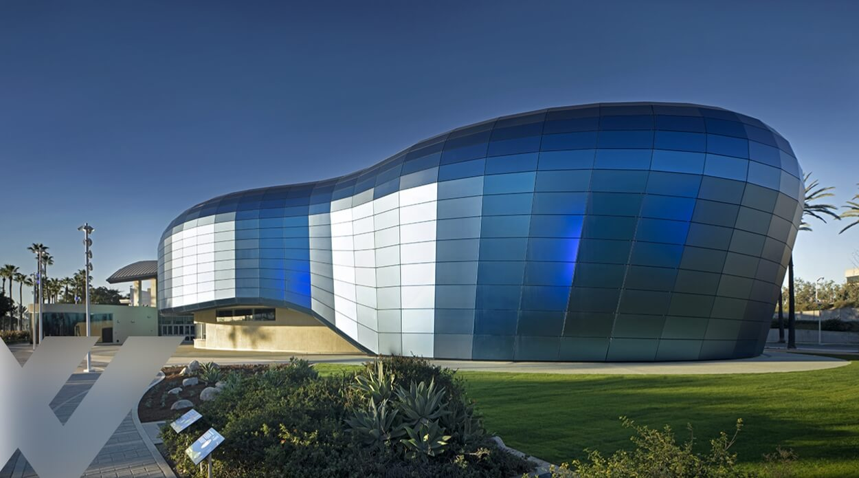 Aquarium of the Pacific – An Iconic Glass Project